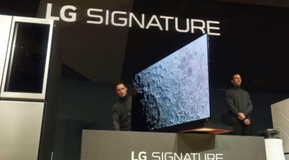 Ultra-Thin, High-Def Tvs Battle For CES Crown